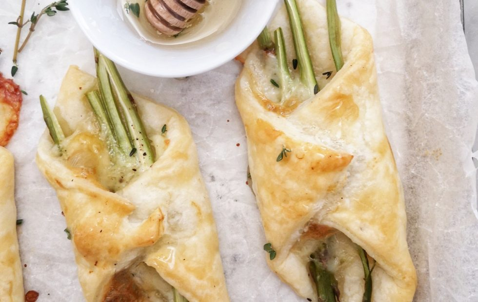 Mini sfoglie con asparagi e miele di Una Cucina a Pois